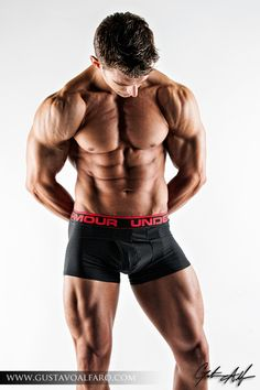 Physique Workout of the Week: Quads of the Gods