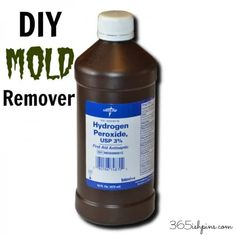 DIY MOLD REMOVER mixed cup hydrogen peroxide with 1 cup water and put it in a spray bottle. Then I sprayed down all my corners and let it sit for one hour. After an hour passed, I wiped down the walls with a wet rag and this was the result: Homemade Cleaning Products, Household Cleaning Tips, Cleaning Recipes, Natural Cleaning Products, Cleaning Hacks, Cleaning Mold, Cleaning Supplies, Cleaning Vinegar, Household Products
