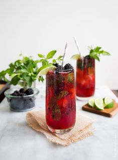 Blackberry Bourbon Smash #blackberry #bourbon #cocktail
