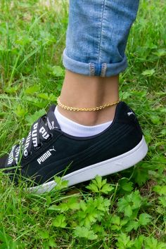 Gorgeous Chunky Chain Anklet in Gold Thick Gold Chain, Gold Chains, Etsy Jewelry, Jewelry Stores, Beach Wedding Jewelry, Ankle Chain, Beaded Anklets, Heart Bracelet, Toe Rings