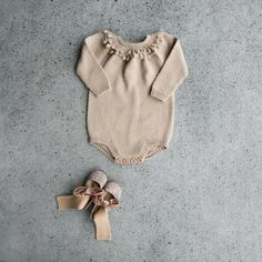 dress,raglan,rompers,bodysuit,waistcoat,girl,clothing,romper