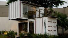 Já imaginou morar num contêiner? É o que muitos arquitetos propõem com a construção de casas nas estruturas metálicas.