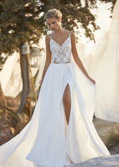 Bohemian Style Wedding Dresses, Lace Wedding Dress, Boho Dress, Bridal Style, Bridal Dresses, Wedding Gowns, Bridesmaid Dresses, Paris Dresses, Chiffon Skirt