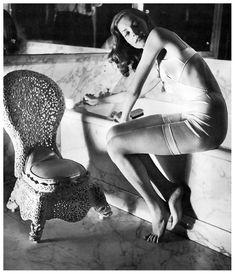 Lauren Bacall in Helena Rubenstein's bathroom, photo by Louise Dahl-Wolfe, 1942.