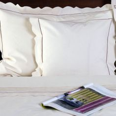 Lenjerie de pat din bumbac 100%, model cu dantelă - LNJ-58 - ArtDecor Bed Pillows, Pillow Cases, Model, Pillows, Scale Model, Models, Template, Pattern