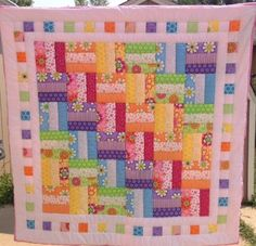 Bright Colors Baby Quilt by KellyLizzQuilts on Etsy. Just use the picture for this easy pattern. :) added by eileen this quilt pattern is in Quilts and More magazine Fall 2006 love this color comb. Quilt Baby, Baby Quilt Patterns, Baby Girl Quilts, Girls Quilts, Quilting Patterns, Easy Patterns, Quilting Ideas, Kid Quilts, Patchwork Patterns