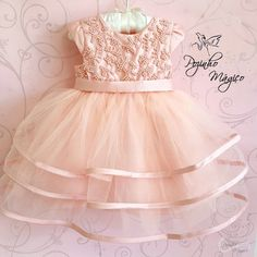 Baby Girl Birthday Outfit, Baby Girl Party Dresses, Flower Girl Dresses, Fashion Kids, Baby Girl Fashion, Frocks For Girls, Kids Frocks, Kids Dress Wear, Baby Girl Dress Patterns