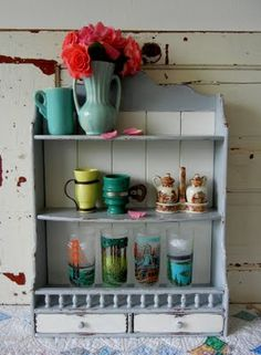 Little display cabinet. Could display old tins
