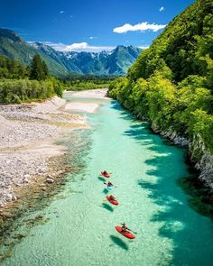 Paisajes hermoso Que nos Regala nuestro PADRE Gudelia santana Slovenia Travel Destinations Honeymoon Backpack Backpacking Vacation Europe Budget Off the Beaten Path Wanderlust Photography Beautiful Places To Travel, Cool Places To Visit, Slovenia Travel, Destination Voyage, Beach Trip, Canoe Trip, Dream Vacations, The Great Outdoors, Travel Photography
