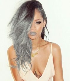 Rihanna slaying silver hair -- photoshop does it again Estilo Rihanna, Rihanna Riri, Rihanna Style, Grey Makeup, Hair Makeup, Makeup Lipstick, Black Girls Hairstyles, Trendy Hairstyles, Rhianna Hairstyles