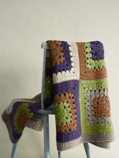 Free Crochet Pattern : Hither Green Throw