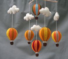 Autumn hot air balloons baby mobile Tuscany  hot por LovelySymphony, $70.00