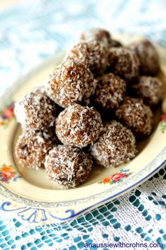 An Aussie With Crohns: Nut-Free Bliss Balls (GAPS, Paleo, SCD)