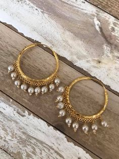 Simple, elegant and lightweight. You will wear these to every function! Indian Jewelry Earrings, Indian Jewelry Sets, Jewelry Design Earrings, Gold Earrings Designs, Ear Jewelry, Indian Gold Jewellery, Bridal Jewelry, Silver Jewelry, Silver Rings