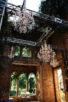 What a venue. Love the nature meets industrial (brick) meets elegance. (Style Me Pretty - Nadia D. Photography - http://www.stylemepretty.com/gallery/picture/539069)
