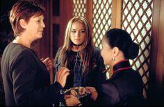 Freaky Friday (2003) - Jamie Lee Curtis, Lindsay Lohan, Lucille Soong #freakyfriday #jamieleecurtis #lindsaylohan #lucillesoong #2003 #2000smovies