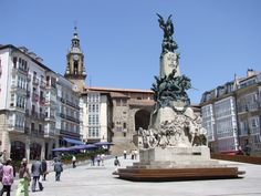 Gu Reisen aus Vitoria. Befindet sich die finden Sie in unserem gu Vitoria: Orte zu besuchen, Gastronom, Parteien...