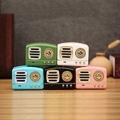 Vintage Retro Radio Stereo Portable Bluetooth Speakers w/Powerful Soun – Pink and Caboodle Stocking Stuffers For Teens, Christmas Stocking Stuffers, Christmas Stockings, Retro Radios, Teenage Girl Gifts, Retro Gifts, Bodo, Cute Friends, Outdoor Parties