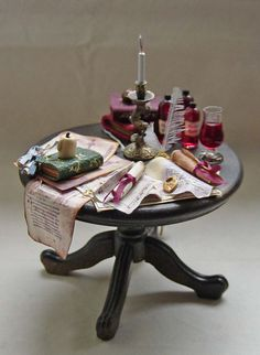 Dolls house Miniature filled Merlin / Wizard / Witch / Doctor / Apothecary Table