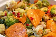 Roasted Vegetables with Pomegranate Vinaigrette - Dulcedo  http://dulcedoblog.blogspot.com/2009/12/roasted-vegetables-with-pomegranate.html