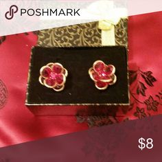 Vintage earrings Red and gold floral vintage earrings Accessories