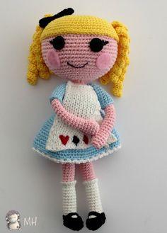 Muñeca-lalaloopsy-amigurumi.patron de esta preciosidad gratis.muchas gracias por compartirlo.