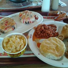 CAJUN PINTO BEANS  Bojangles Restaurant Copycat Recipe   1 small bag pinto beans, washed and picked through  1/4 cup flour  1/4 cup baco...