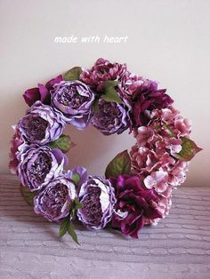 Burlap Wreath, Floral Wreath, Wreaths, Home Decor, Homemade Home Decor, Door Wreaths, Deco Mesh Wreaths, Garlands, Floral Arrangements