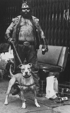 "He can be seen in the documentary ""Hells Angels Forever"". Hells Angels, Biker Clubs, Motorcycle Clubs, Chicano, Harley Davidson, Motard Sexy, Rockabilly, Dog Games, Bad Boys"