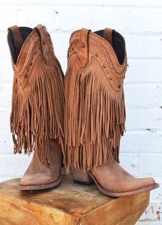 Fringe brown cowboy boots, too much? Nah kinda fabulous!