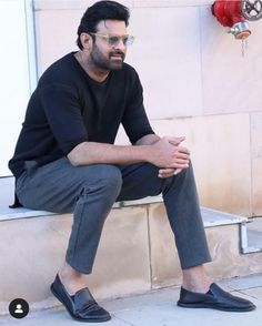Prabhas Pics, Hd Photos, Prabhas Actor, Best Couple Pictures, Galaxy Pictures, Indian Star, Actors Male, Good Morning Gif, Smile Photo