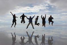 Salto en el cielo, Uyuni, Bolivia.