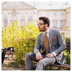 Sunday chill!  #elegant #sunny #day #sunday #weekend #chill #man #dapper #dandy #style #suit #tie #blogger #fashion #inspiration #mensfashion #menstyles #menshair #streetstyle #streetwear #look #outfit #classy