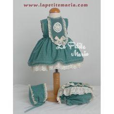 Jesusito vuelo plumeti verde mar de Marita Rial. Colección Primavera Verano 2015.