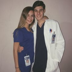 grey's anatomy halloween costume -You can find Anatomy and more on our website.grey's anatomy halloween costume - Greys Anatomy Halloween Costumes, Greys Anatomy Costumes, Doctor Halloween Costume, Cute Couple Halloween Costumes, Doctor Costume, Halloween Outfits, Purim Costumes, Halloween Kleidung, Halloween Disfraces