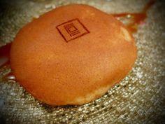 Japanese pastry - Dorayaki, fourré à la pâte de patate douce- www.iloli-restaurant.com