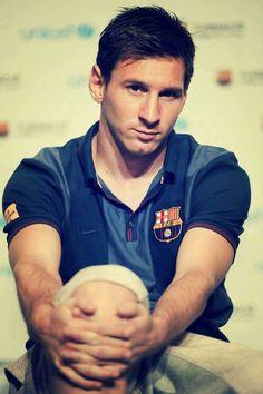Like the barcelona shirt Team Messi, Cr7 Vs Messi, Messi 10, Neymar, God Of Football, Football Drills, Football Stuff, Leonel Messi, Barcelona Shirt