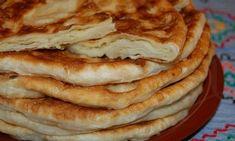 Placinte cu cartofi si mujdei de usturoi. Atat de bune incat mananci si nu te mai opresti Mai, Apple Pie, Pancakes, Breakfast, Desserts, Food, Morning Coffee, Meal, Crepes