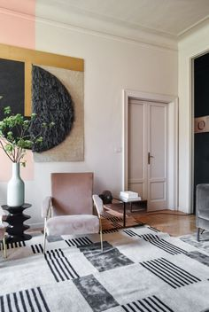 interiordesign,interior-Shapes and textures and color, oh my.(styled by Studio Pepe, via Passion Shake)design interiordesign interior designer Modern House Design, Home Design, Home Interior Design, Interior Decorating, Autumn Decorating, Modern Interior, Decoration Bedroom, Decoration Design, Living Room Decor
