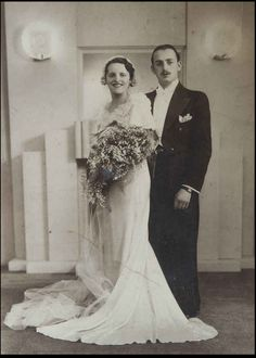Here's what they looked like at their wedding, 80 years ago. | This Couple Is Over 100 Years Old, Have Been Married For 80 Years, And Are Doing This Love Thing Right