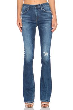 Citizens of Humanity Premium Vintage Sasha Twist Flare in Blue Mountain | REVOLVE