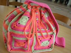 BAG WITH BRIGHT COLORS ~love the colors!