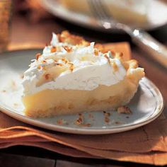 "Raw Vegan Recipes - Lemon Meringue Pie Recipe. Seriously....this is going on my ""must make"" list. Yum!"