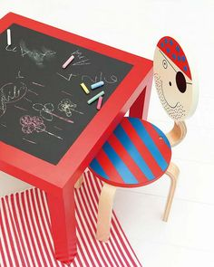 Chalkboard table- I am totally doing one of these for the playroom! Ikea Lack Side Table, Ikea Table, Playroom Table, Diy Table, Petite Table Ikea, Ikea Lack Hack, Ikea Hacks, Chalkboard Table, Chalkboard Paper