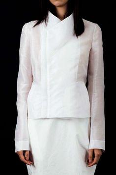 Elegant Simplicity - white silk jacket; contemporary fashion details // Yuhl Jung Spring 2015