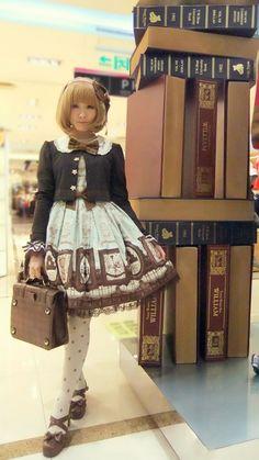 """""""smilyiris:  in my Musee du Chocolat  """""""