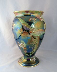 "GORGEOUS CARLTON WARE LUSTRE ""CHINESE BIRD"" VASE in Pottery, Porcelain & Glass, Pottery, Carlton Ware 