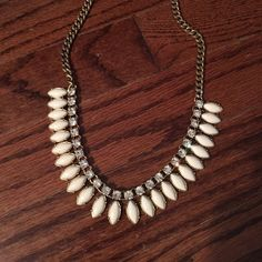 Jcrew necklace Perfect condition jcrew necklace J. Crew Jewelry Necklaces