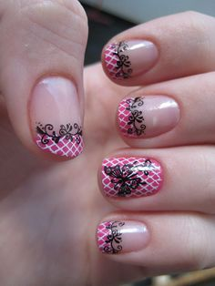 Nail Art - pretty I love the little pattern