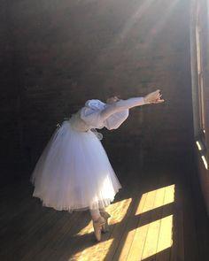 Hijab-Wearing Ballerina: Stephanie Kurlow ~ style whimsical
